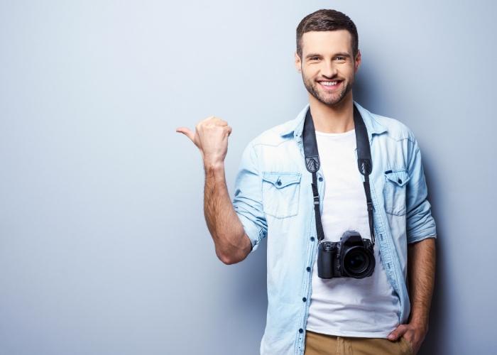 fotografo sonriendo